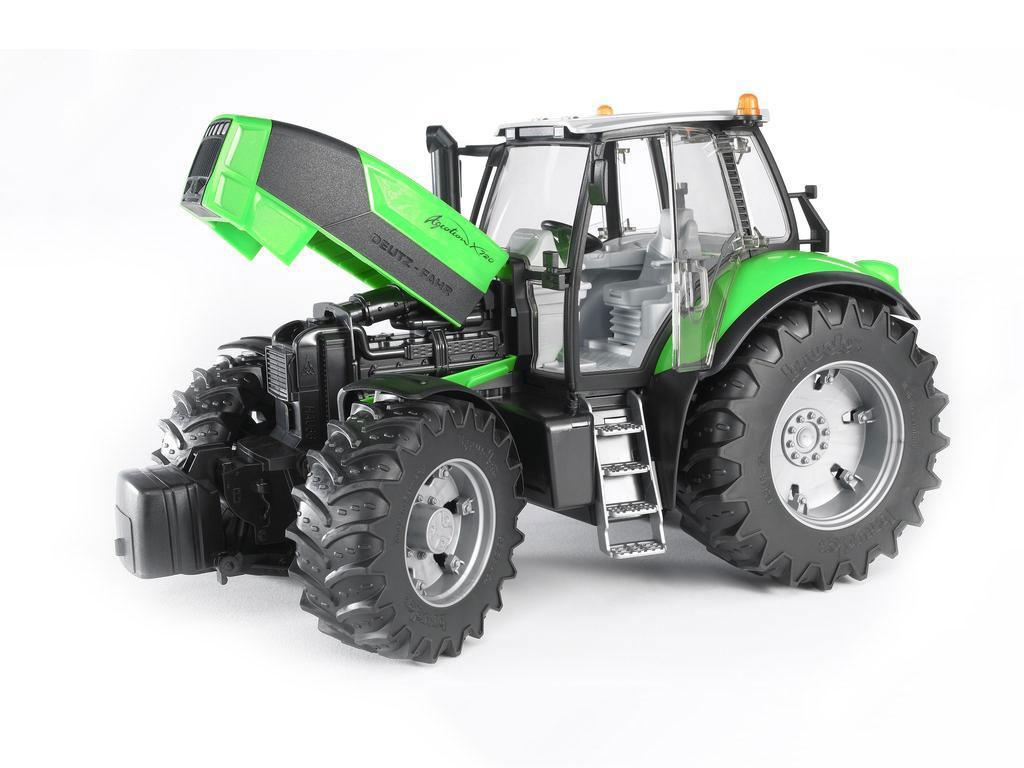 igrače bruder traktor