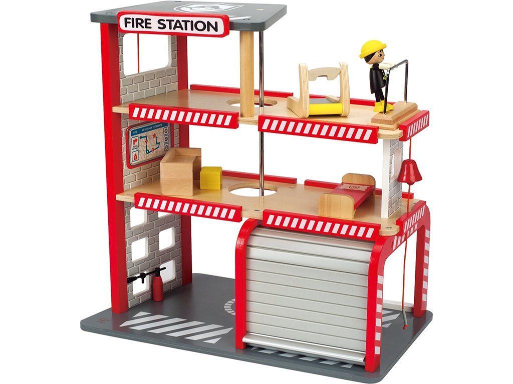 lesena gasilska postaja
