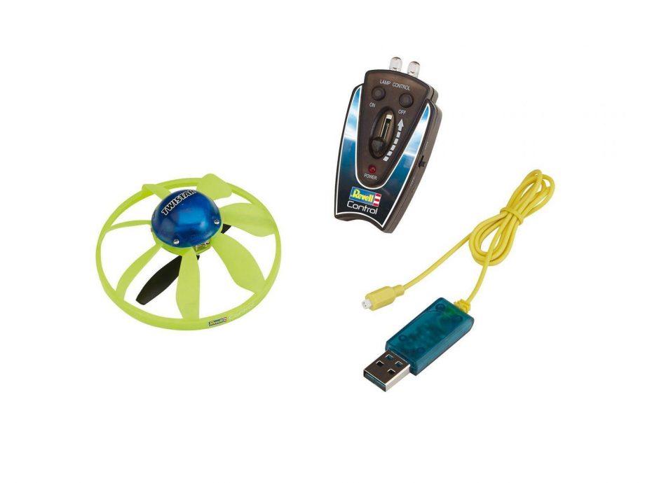 leteci-kroznik-23862-twistar-revell-1