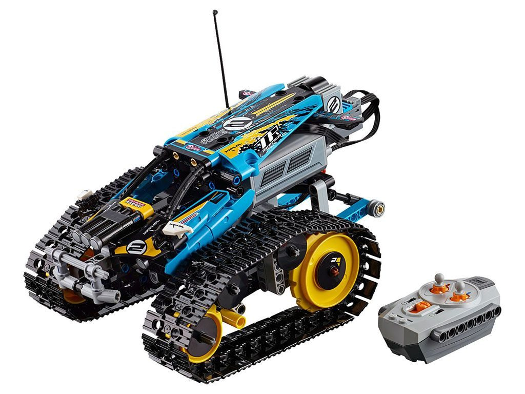 LEGO-Technic-Remote-Controlled-Stunt-Racer-42095-1