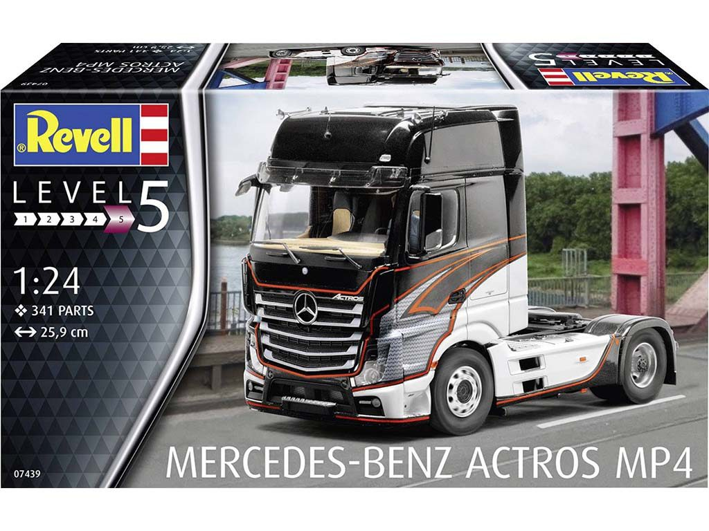 Revell-07439-Mercedes-Benz-Actros-MP4-4