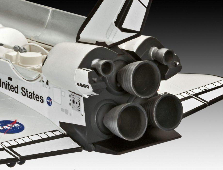 04544_d04_space_shuttle_atlantis