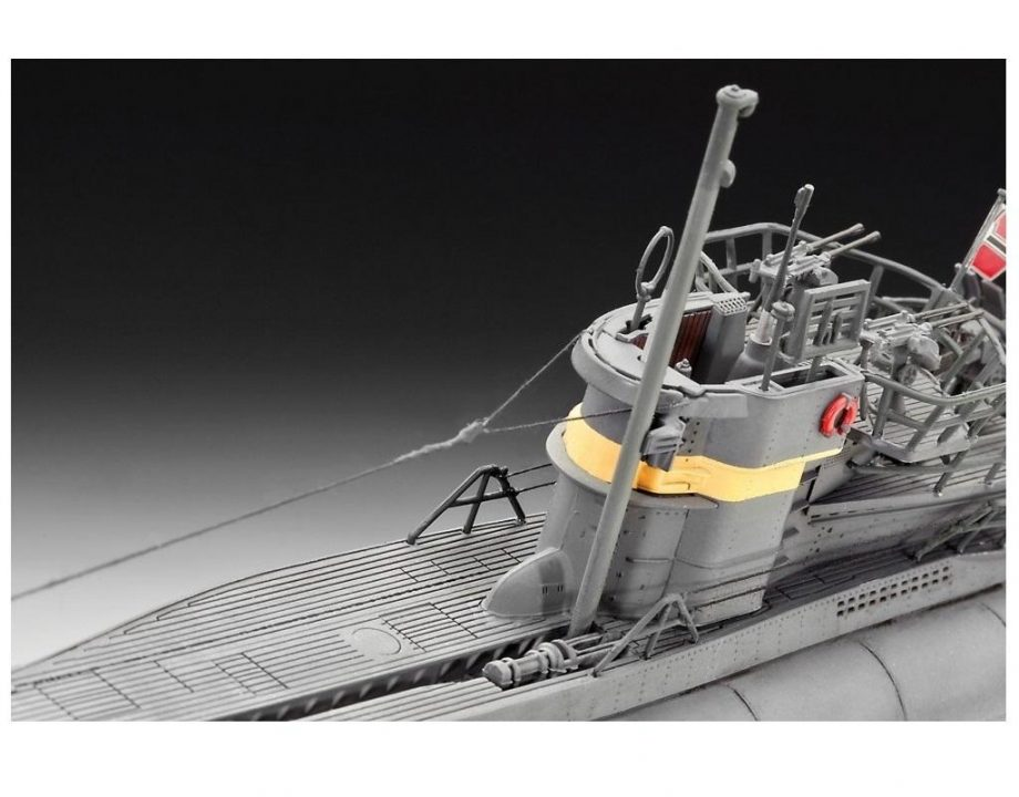 Revell maketa German Submarine TYPE VII C41 Atlantic Version 05100 2