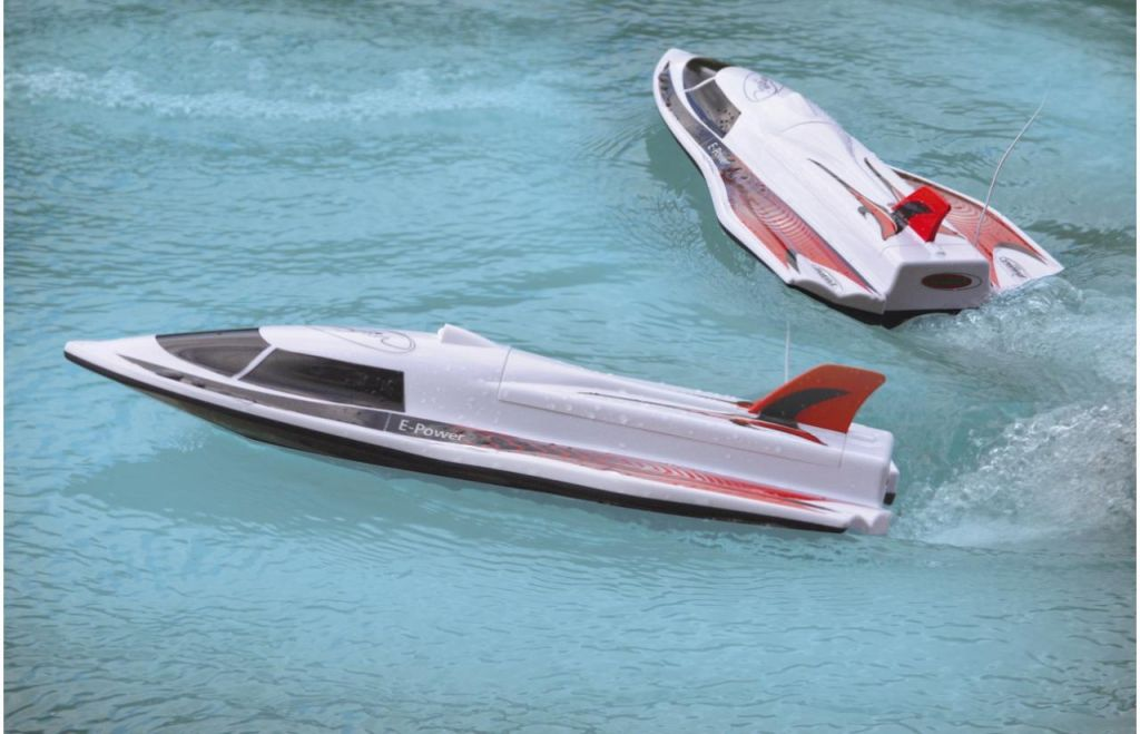 Swordfish-Speedboot-mit-LED-40Mhz_b12