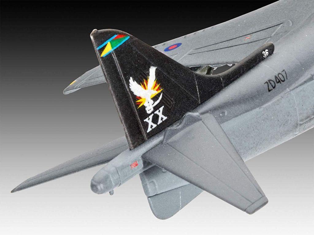 Revell maketa letala BAe Harrier Gr.7 – 015 038873