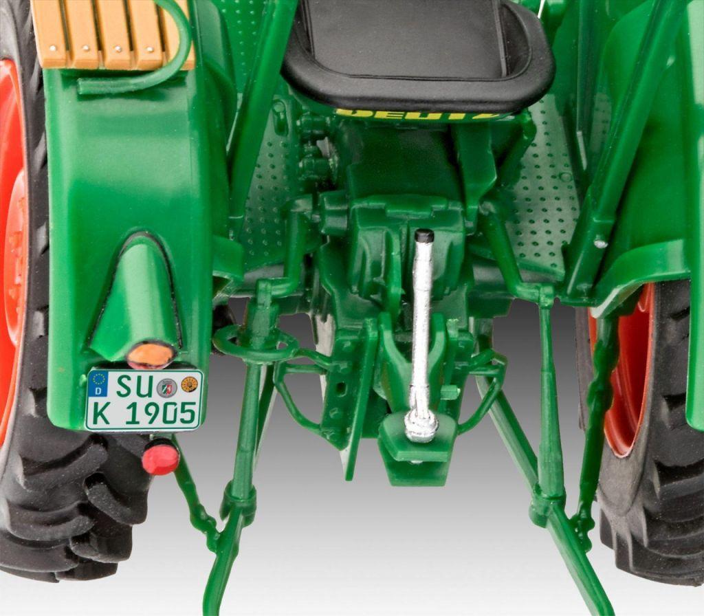 Revell maketa traktorja Deutz D30 07821 2