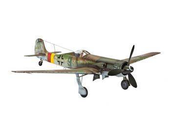 Revell Model Set Focke Wulf Ta 1 03981