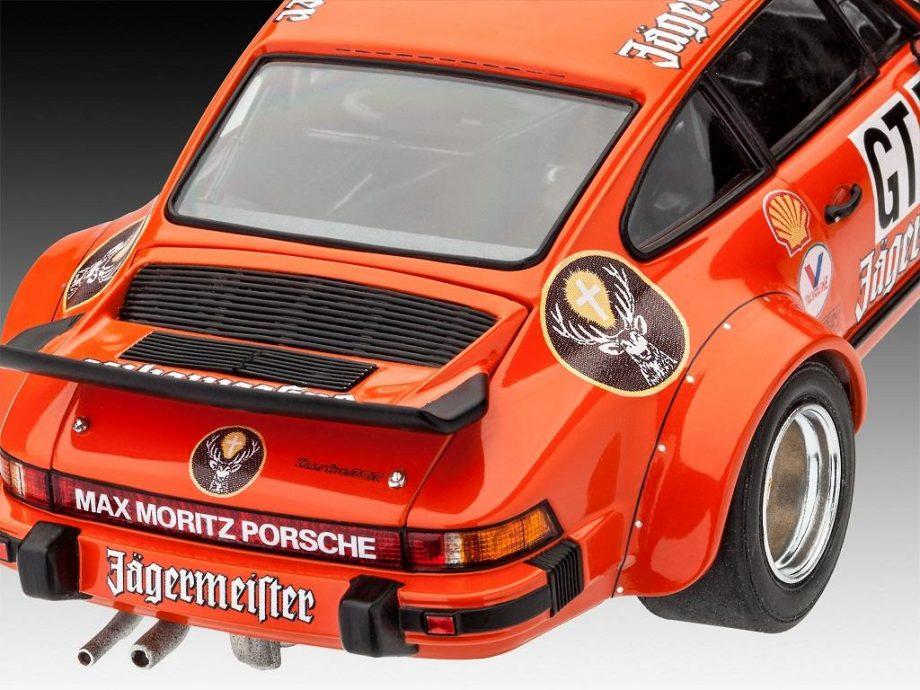 Revell Model Set - Porsche 934 RSR 67031 igrače 4