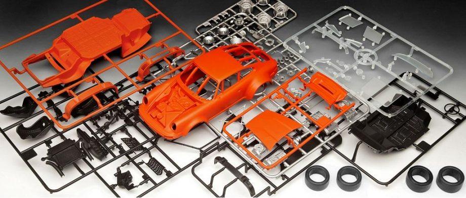 Revell Model Set - Porsche 934 RSR 67031 igrače 5
