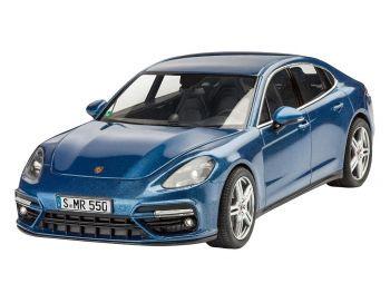 Revell Model Set - Porsche Panamera Turbo igrače 2
